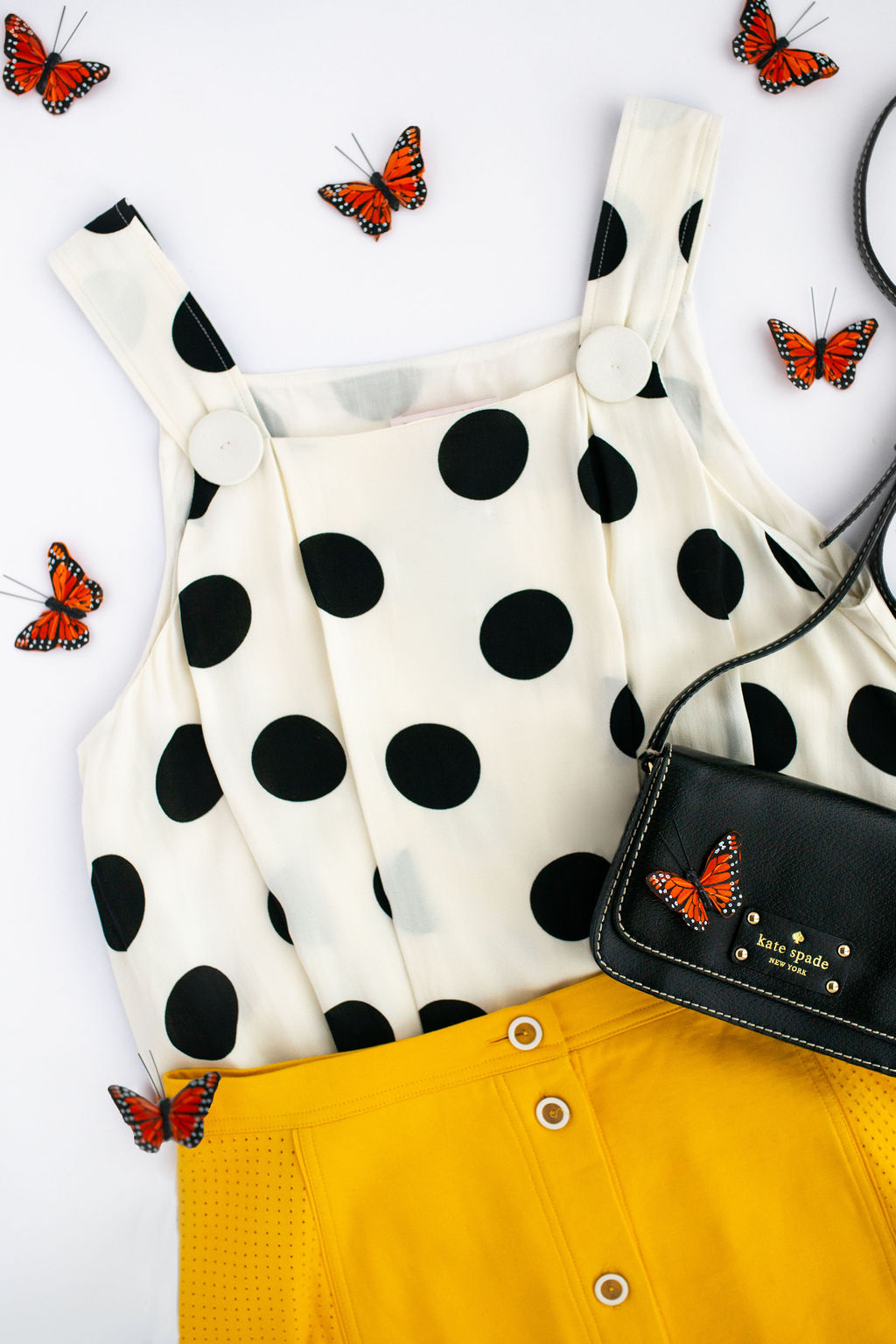 101619c128d85 Spring 2019 Fashion Trends You Already Have In Your Closet   Craving ...